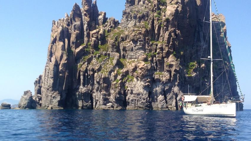 1 barca a vela vito dumas isole eolie